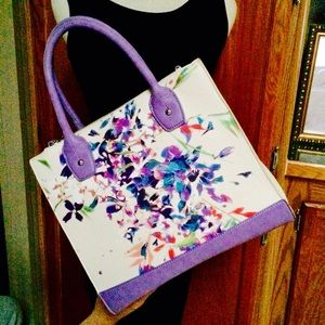 Handbags - Cute @ Colorful Handbag EUC Nice lining @ hardware